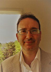 Enrico Garavelli, Professore associato e libero docente di Filologia italiana - Dipartimento di Lingue - Università di Helsinki